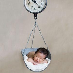 Νέα έρευνα για την φυσιολογική απώλεια βάρους των νεογνών που θηλάζουν