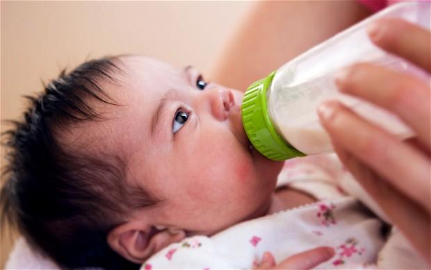 Τα οφέλη του μητρικού θηλασμού… ή οι κίνδυνοι από τη χορήγηση ξένου γάλακτος