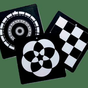 Ασπρόμαυρες κάρτες παρατήρησης για βρέφος
